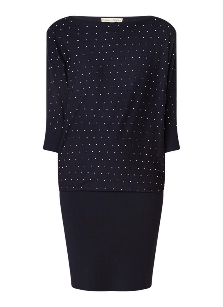 Phase Eight Becca trui-jurk met stippendessin en vleermuismouw donkerblauw