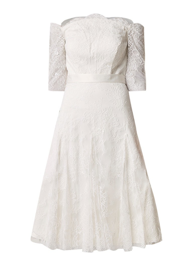 Phase Eight Evette off shoulder trouwjurk van kant gebroken wit