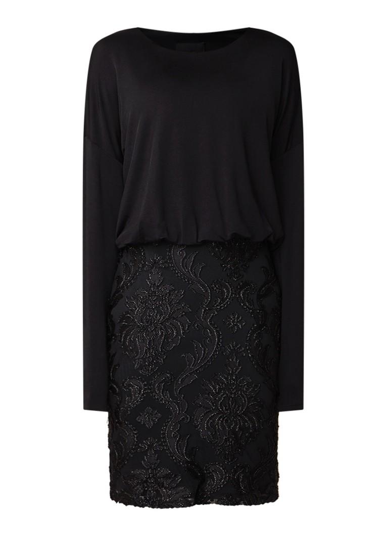 Phase Eight Diana fijngebreide jurk met burn-out dessin en lurex zwart