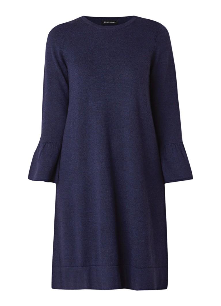 Repeat Fijgebreide jurk met klokkende mouw donkerblauw