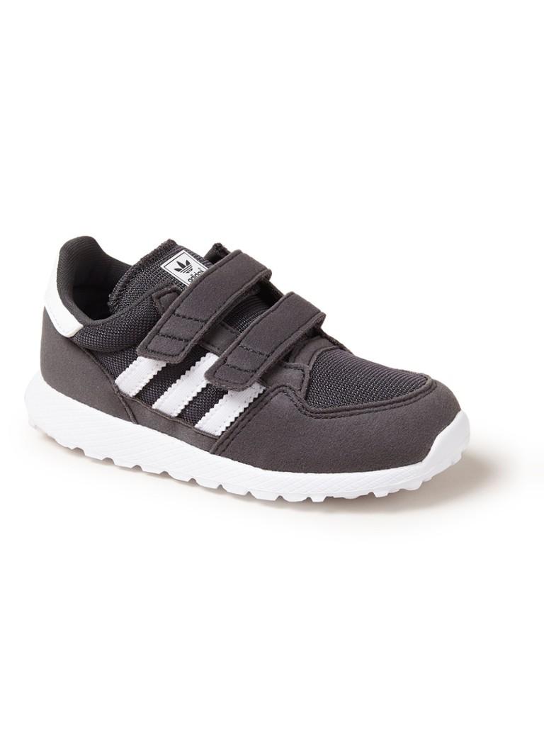 0f0be697d89 adidas Forest Grove sneaker met klittenband • de Bijenkorf