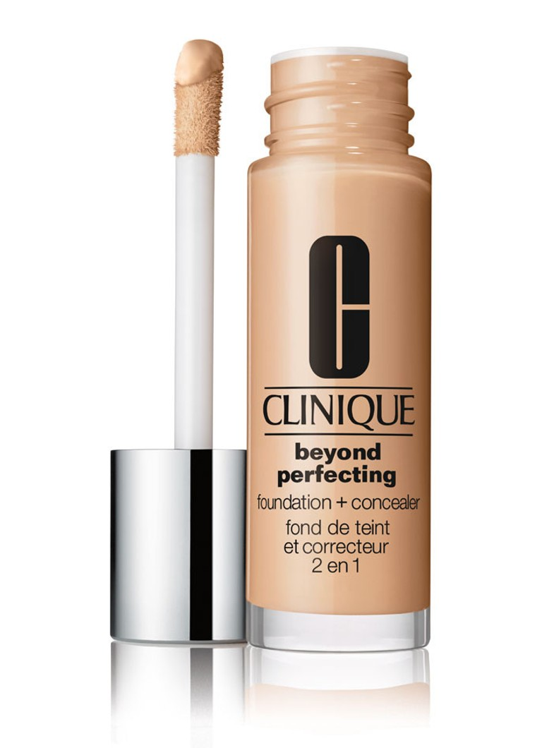 Clinique - Beyond Perfecting Foundation + Concealer - Ivory