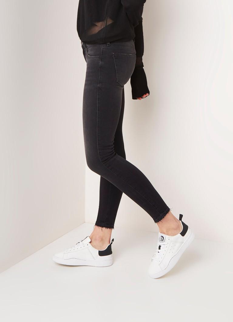 1eb20e43 Diesel Slandy low rise cropped super skinny jeans met gerafelde zoom ...