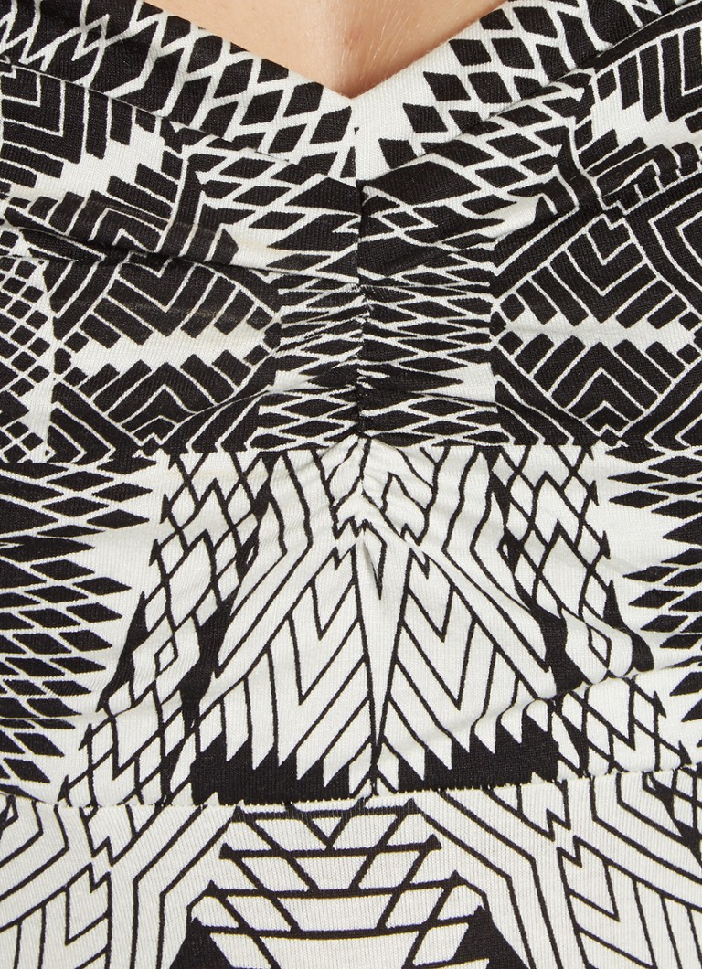 67ddf6b7332e52 Expresso Gijsje maxi-jurk met haltermodel en grafisch dessin • de ...