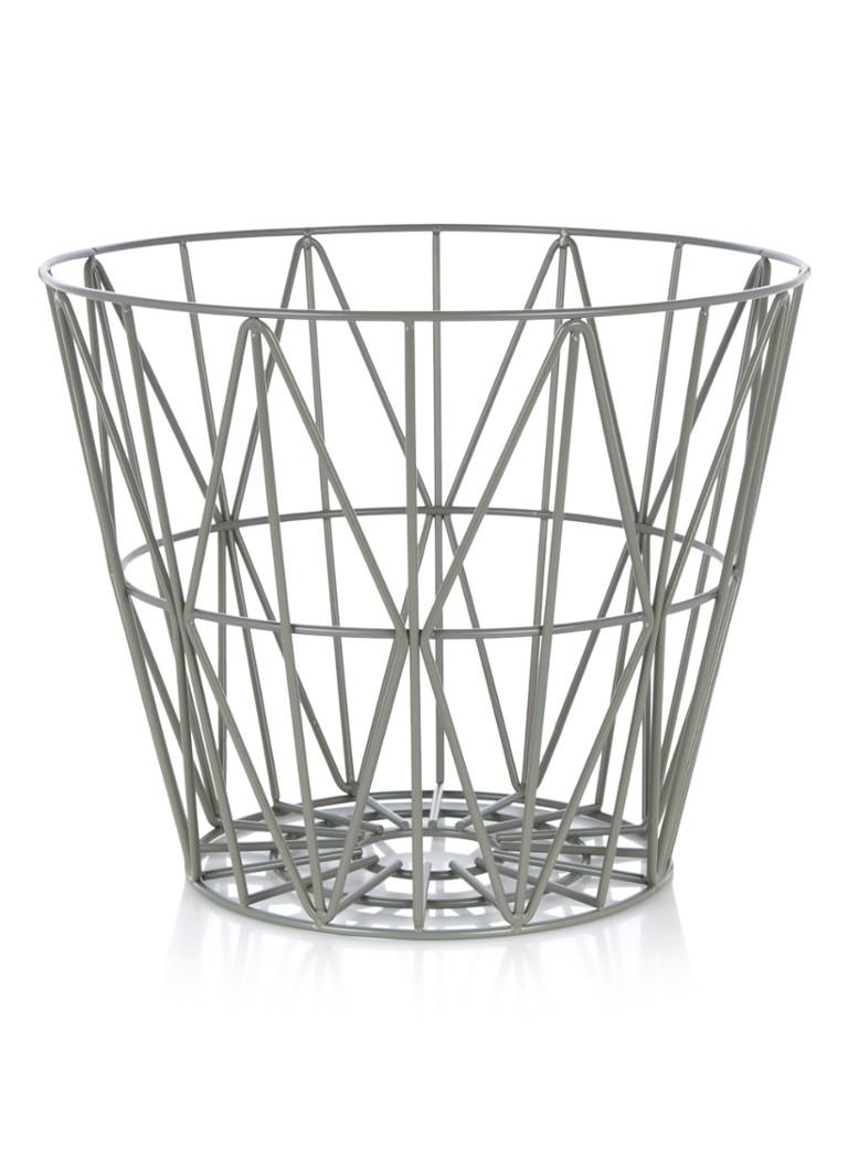 ferm living wire small basket 40 cm de bijenkorf. Black Bedroom Furniture Sets. Home Design Ideas