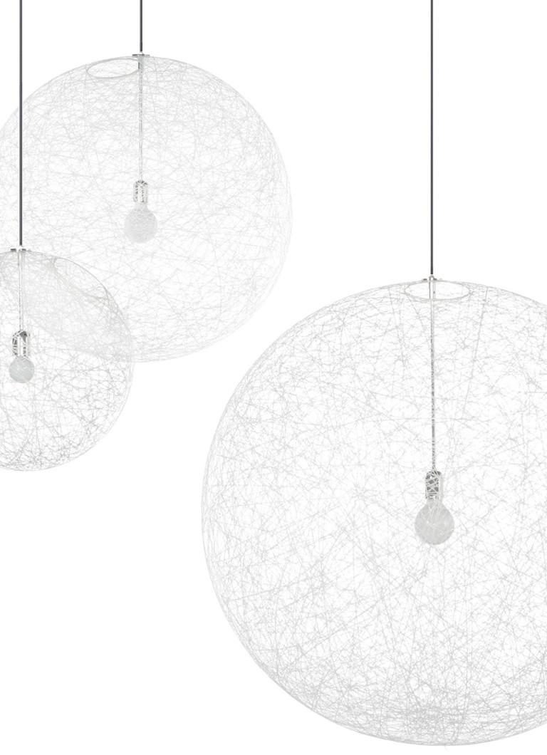 https://cdn-1.debijenkorf.nl/web_detail/moooi-random-light-hanglamp-medium/?reference=083/170/13_0831701023300000_pro_flt_frt_02_1108_1528_1644034.jpg