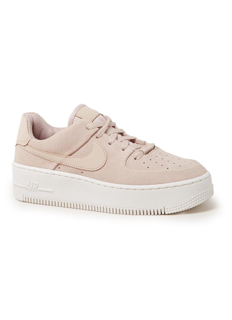 online store 75334 c90c3 Nike Air Force 1 Sage Low sneaker van suède • de Bijenkorf
