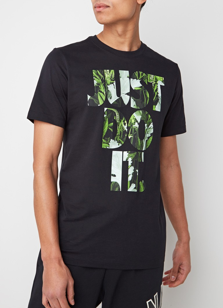 Nike - Just Do It T-shirt met tekstopdruk - Zwart