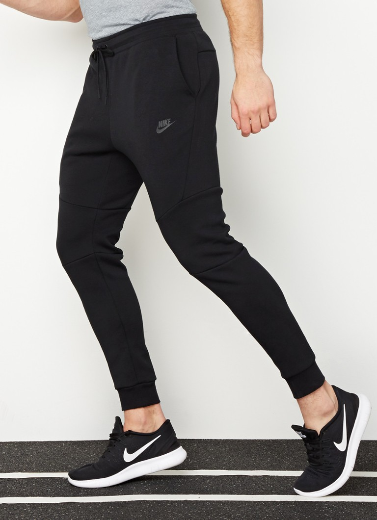 Nike - TechFleece trainingsbroek - Zwart