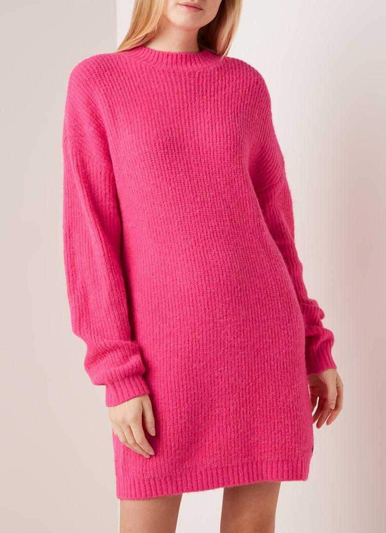 Wonderbaar NIKKIE Jasmin grofgebreide trui-jurk in alpaca blend • Neonroze AU-04