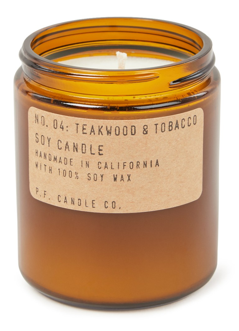 P. F. Candle Co. - No. 04 Teakwood & Tobacco geurkaars - Bruin