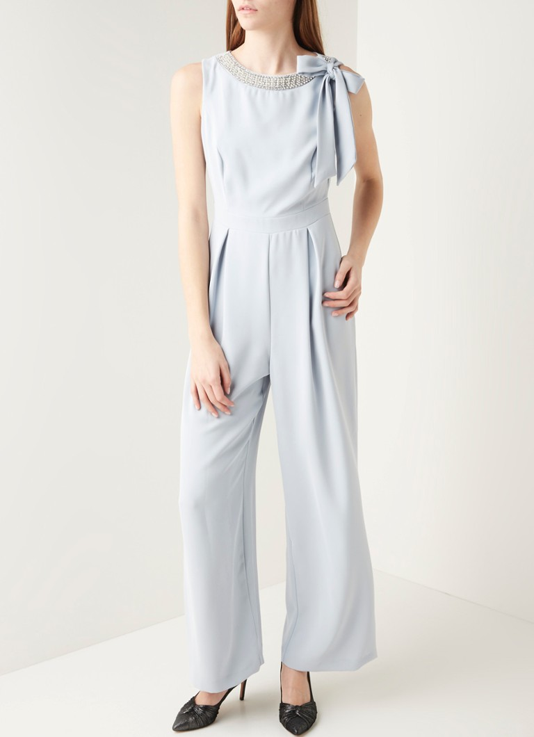 Phase Eight - Charity loose fit jumpsuit met parel en kralen-applicatie - Lichtblauw