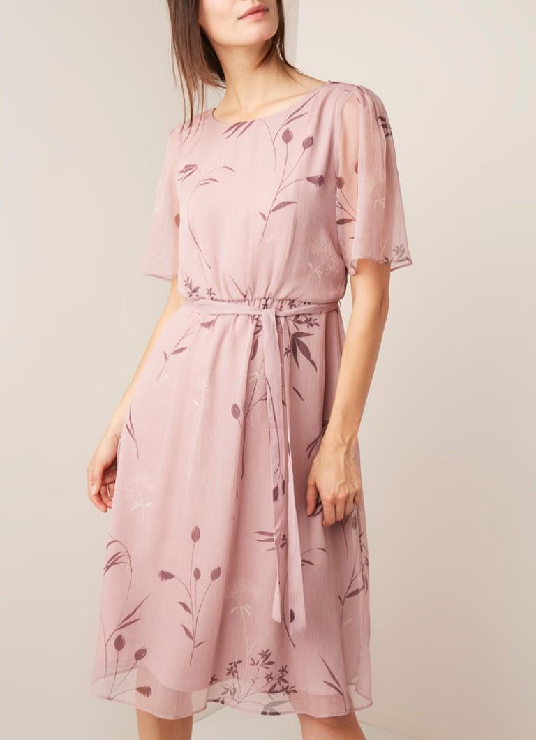 fc52c01e000 Phase Eight Norah midi-jurk van crêpe met bloemendessin • de Bijenkorf