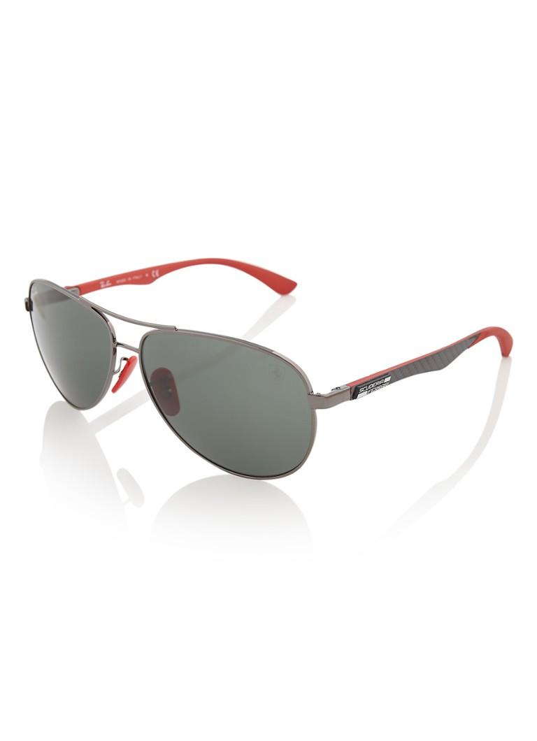 92aab30057f43b Ray-Ban Scuderia Ferrari zonnebril RB8313M • de Bijenkorf