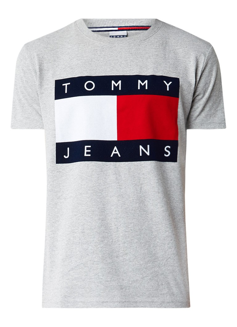 tommy hilfiger t shirt met flockprint de bijenkorf. Black Bedroom Furniture Sets. Home Design Ideas