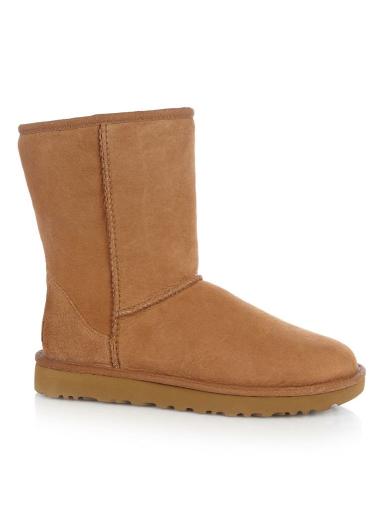 Buy UGG Women's Classic Short and other Mid-Calf at e3lenak3ena.ml Our wide selection is eligible for free shipping and free returns.