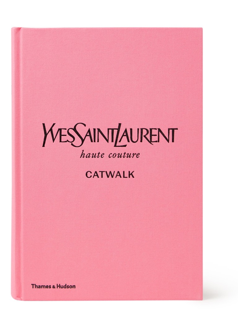 undefined - Yves Saint Laurent Catwalk - The Complete Haute Couture Collections 1962 - 2002 - Roze